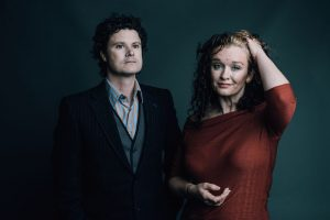 WEB_Kathryn-Roberts-&-Sean-Lakeman-Press-Shot-2